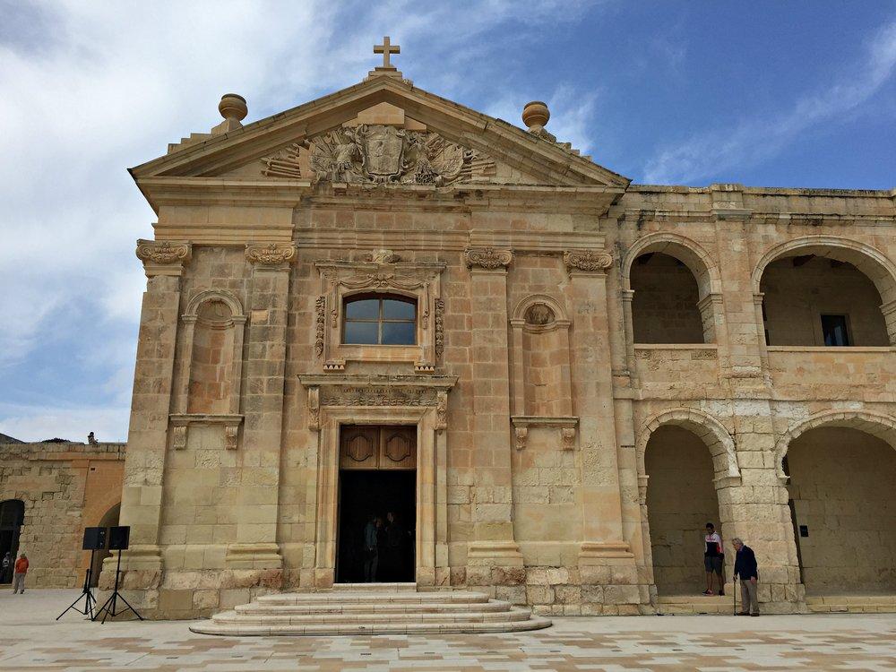 fort manoel chapel malta