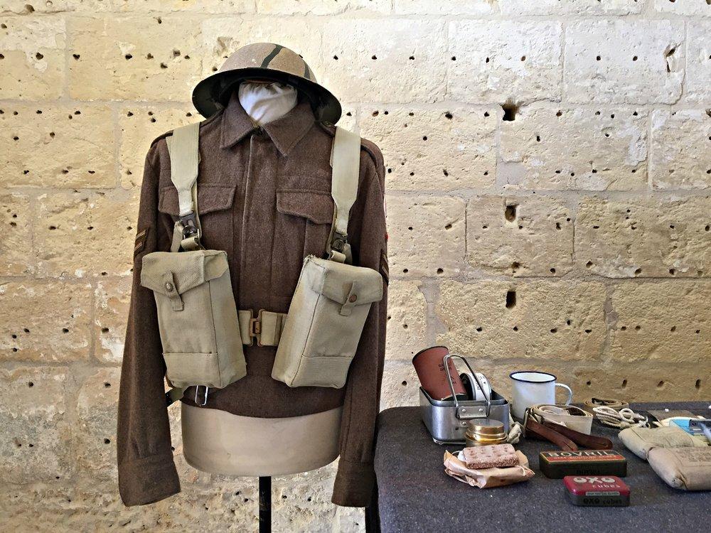 fort manoel soldier display