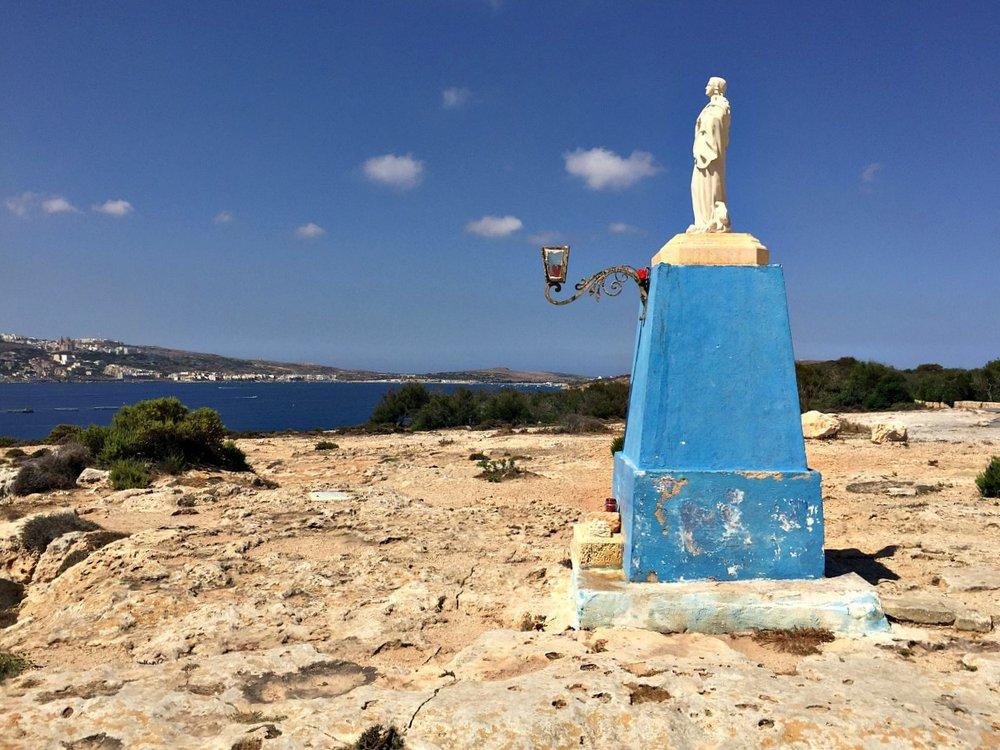 Statue of St Mary dahlet ix-xilep mellieha