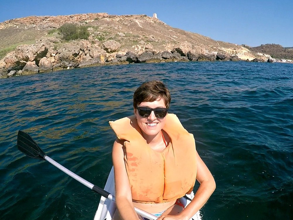 gnejna bay malta kayak adventure