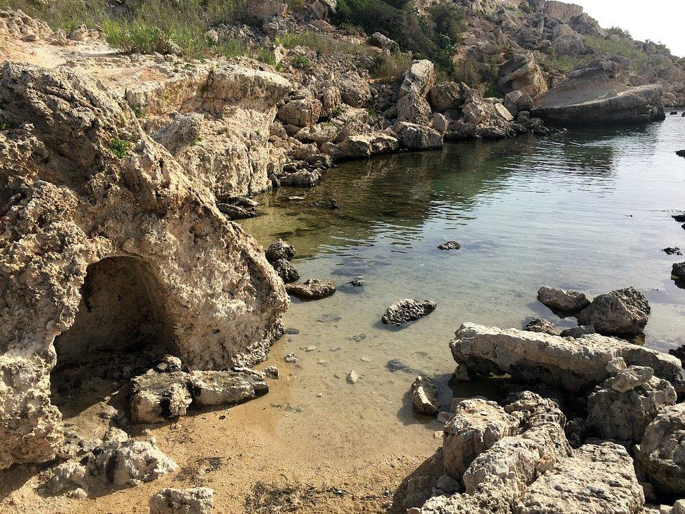 slugs bay malta paradise