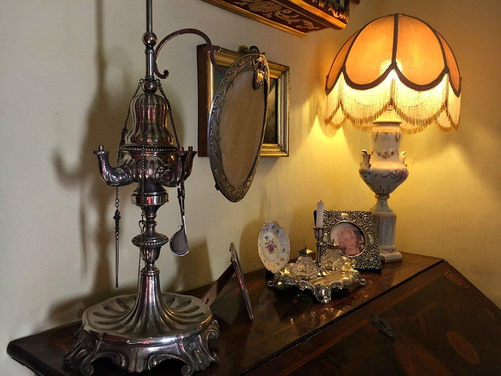 villa bernard oil lamp
