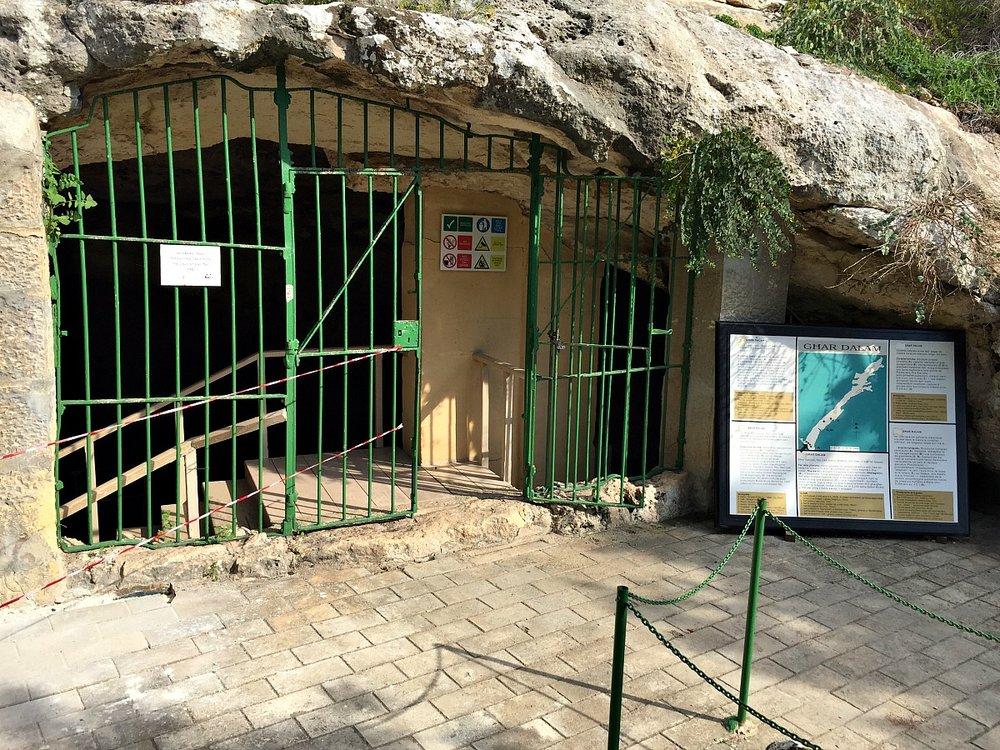 ghar dalam cave in malta