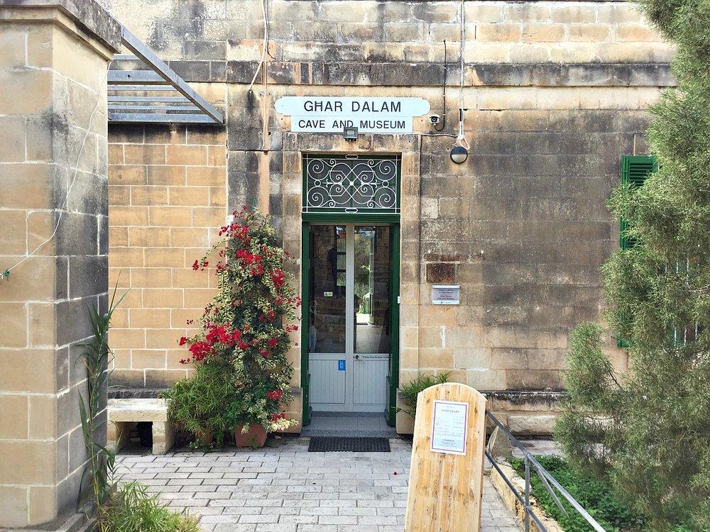 ghar dalam cave and museum malta