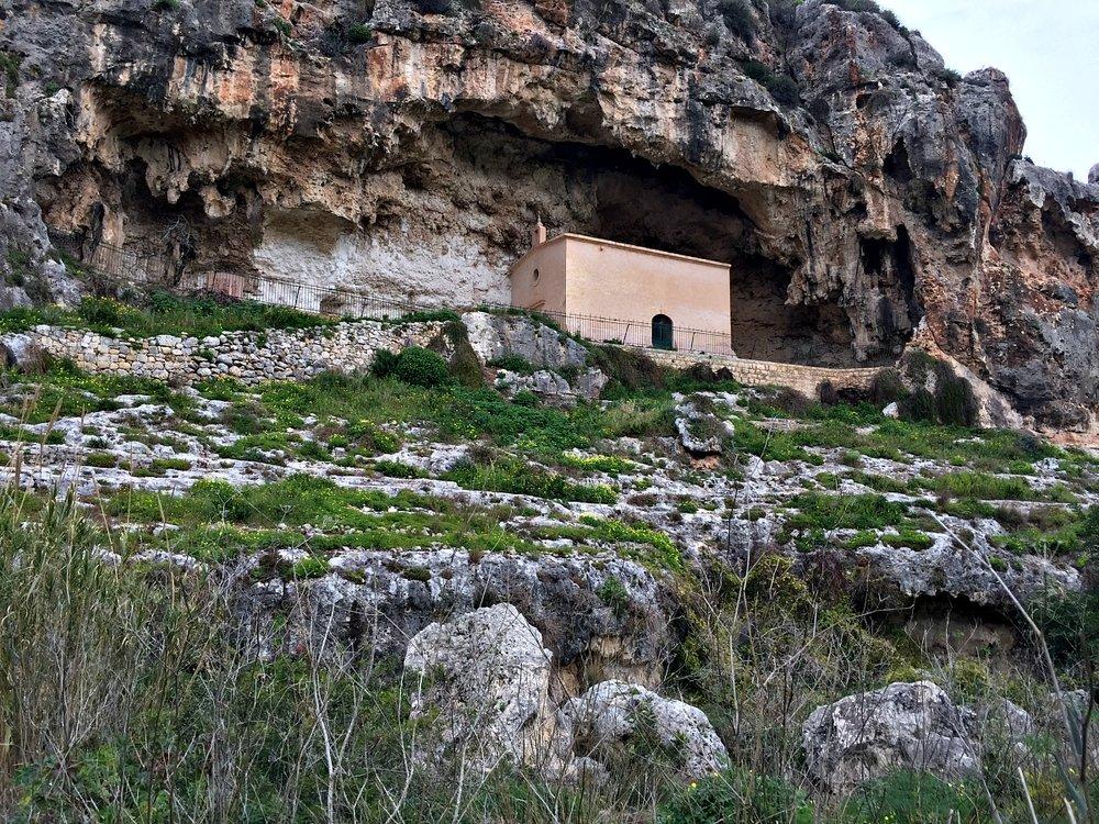 honey valley in mosta malta
