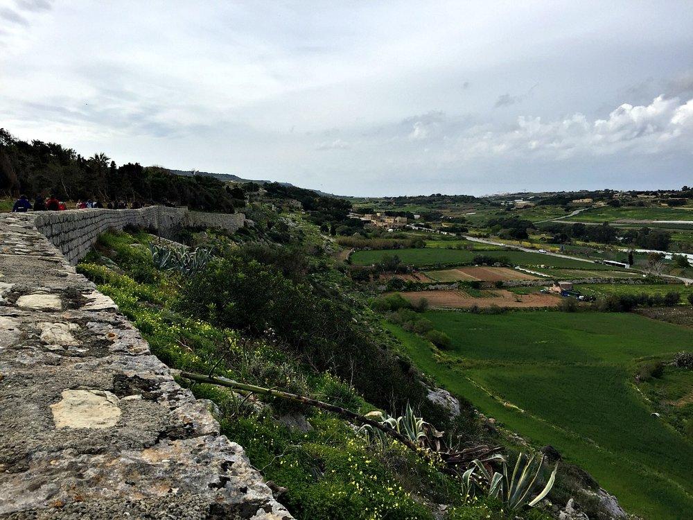 victoria lines view malta