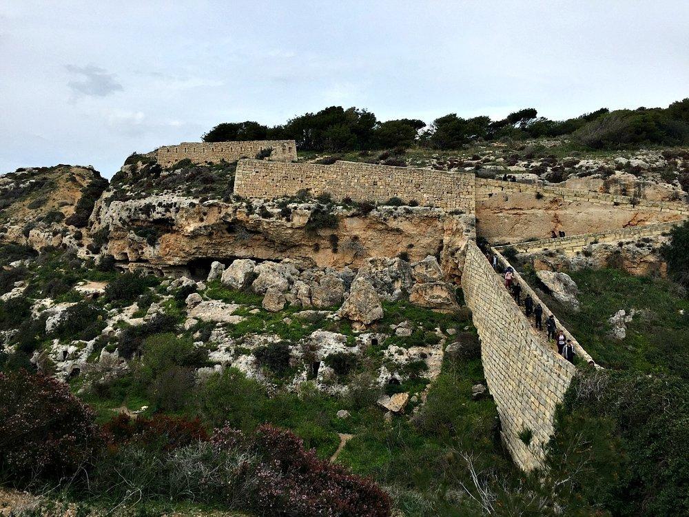 victoria lines great wall of malta