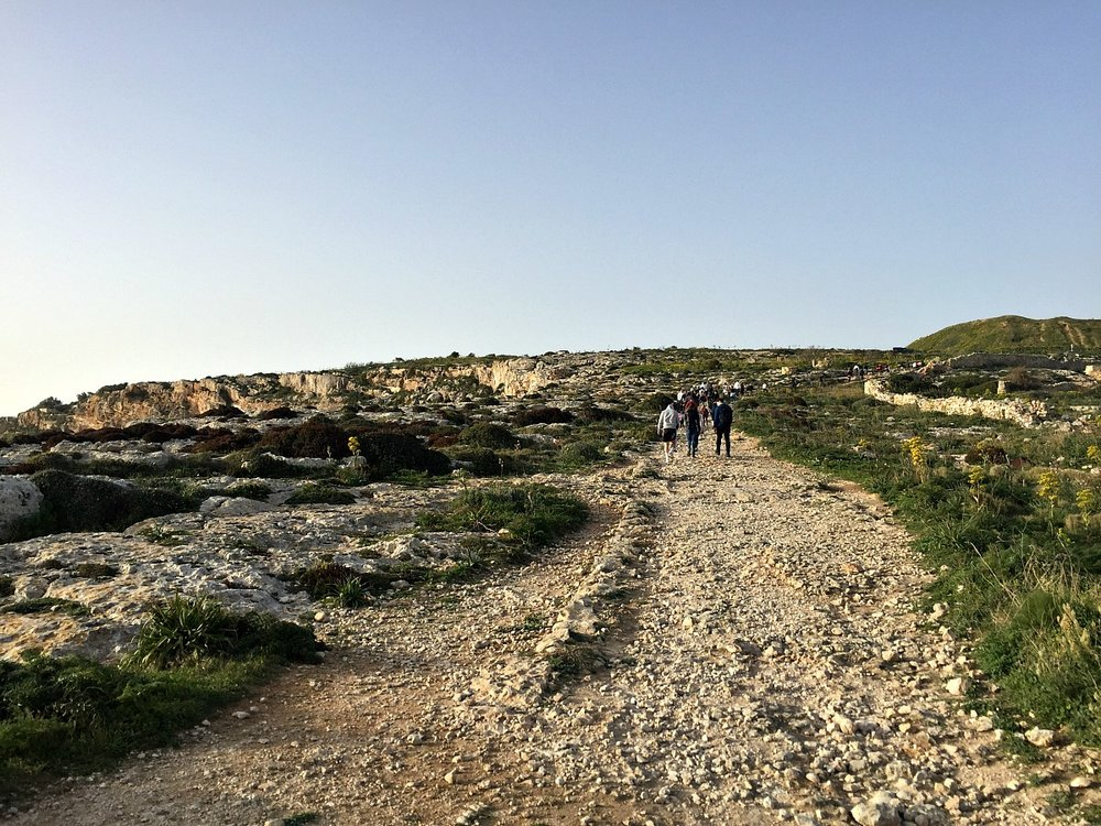 malta countryside walk