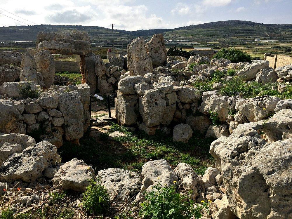 ta hagrat temples in mgarr malta
