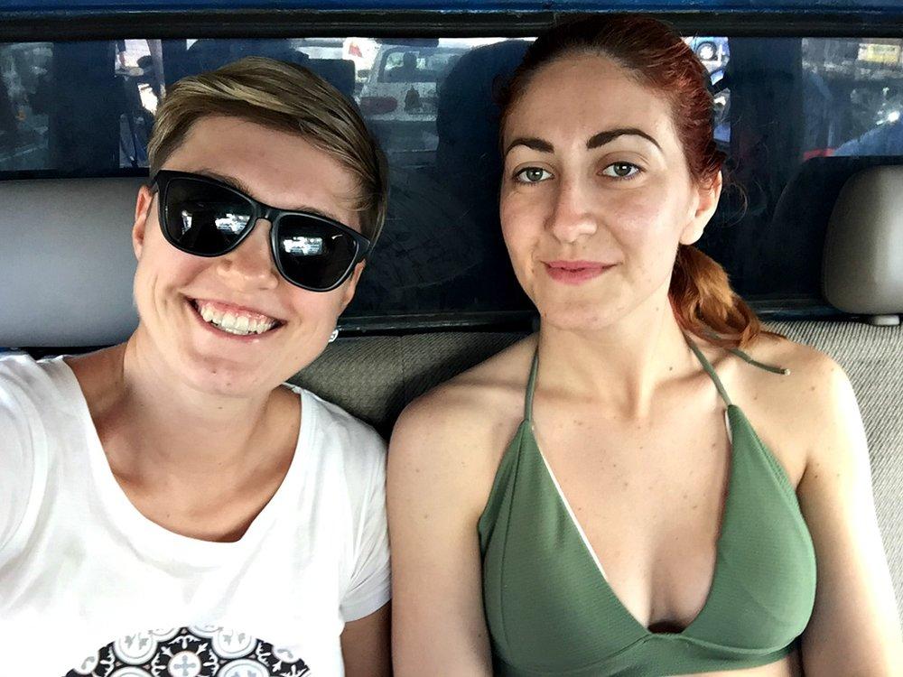 friends diving in malta