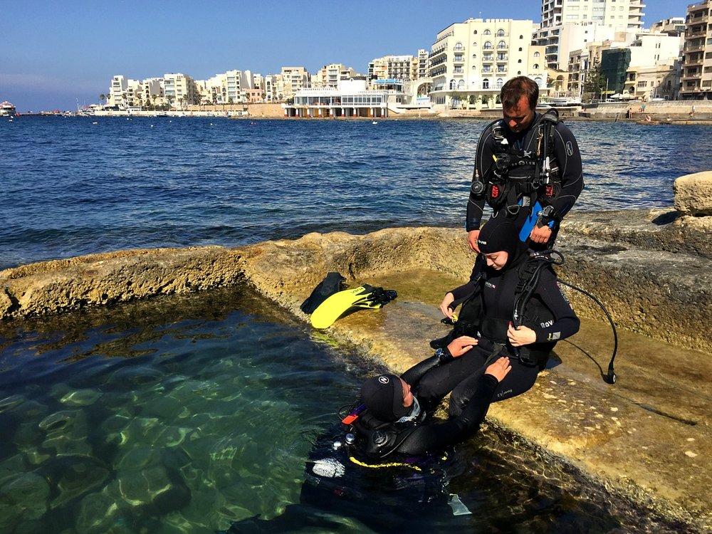 discover scuba diving malta corsair diving