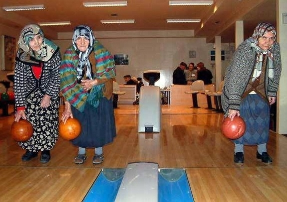 Bowling night_JYG.jpg