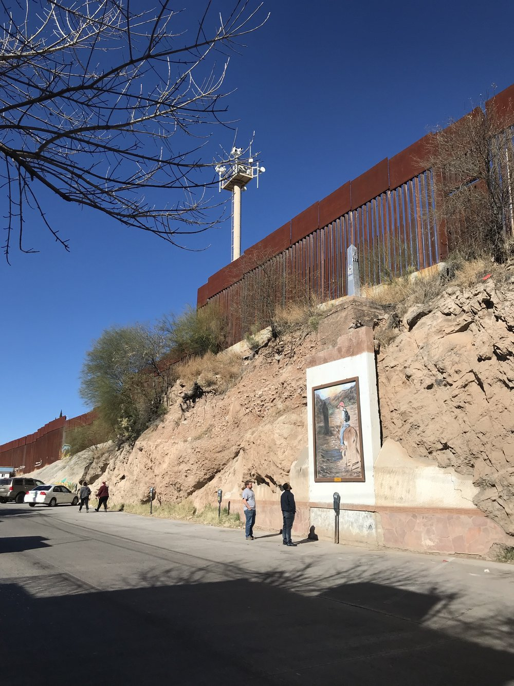 30-foot wall in Nogales