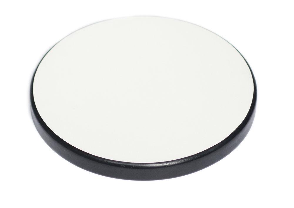 compensado naval com formica branco fosco e borda ebanizada