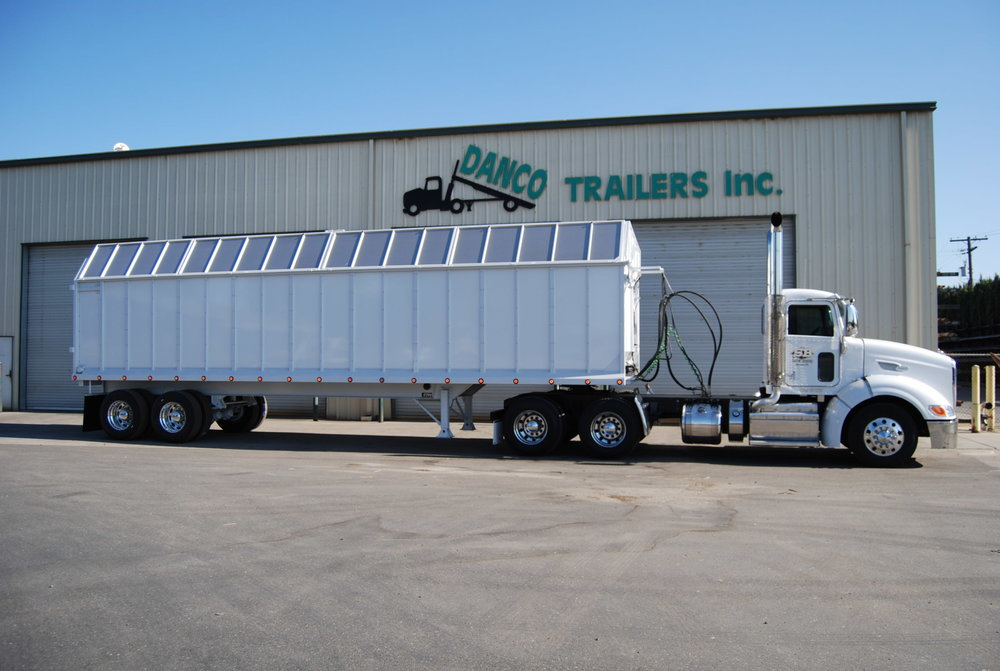 36' Chain Drive Semi Silage Trailer