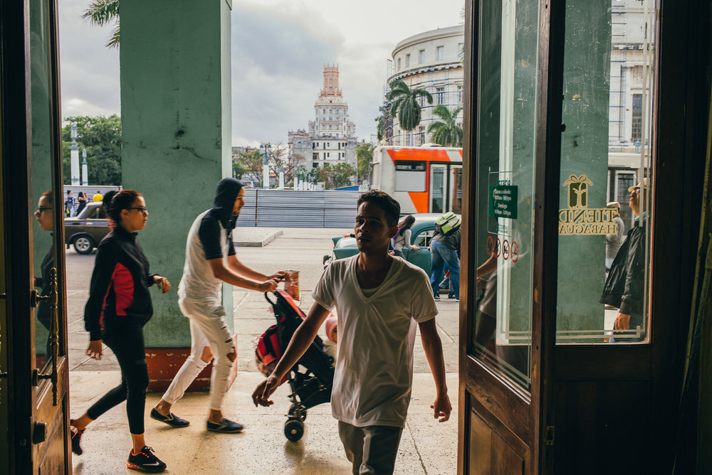 brandon_patoc_travel_photographer_in_havana_cuba_0001.jpg