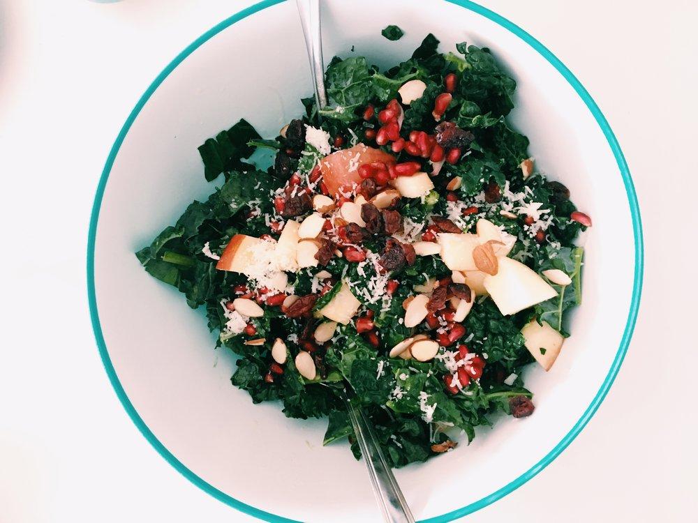 Kale & Pom Salad 1