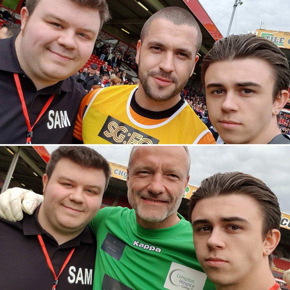 Sam and Max grabbing selfies with Shayne Ward and Maik Taylor