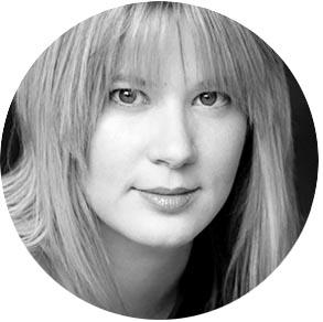 Katie Kozwolski waking up in paris clarissa grace personal style online business mum