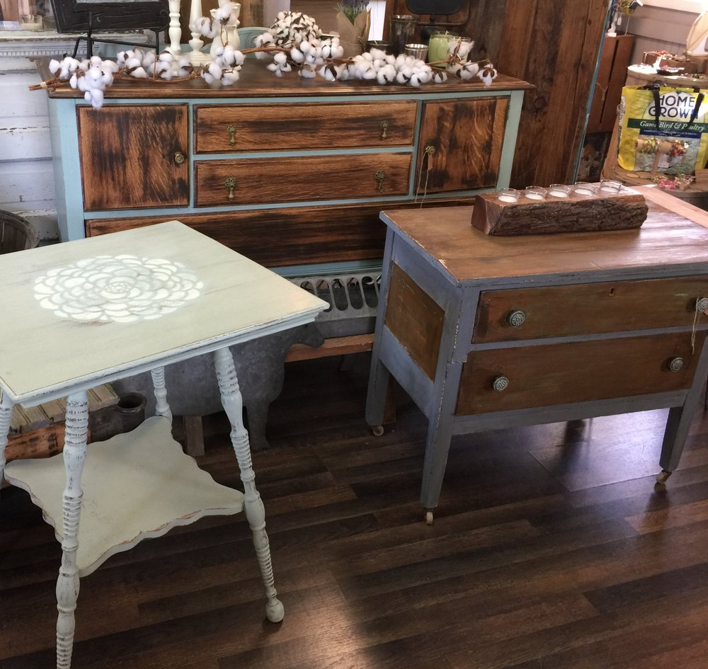 With a Side of Southern   Donna Hiland found a passion in painting, refinishing and otherwise re-loving neglected furniture into beautiful re-imagined pieces