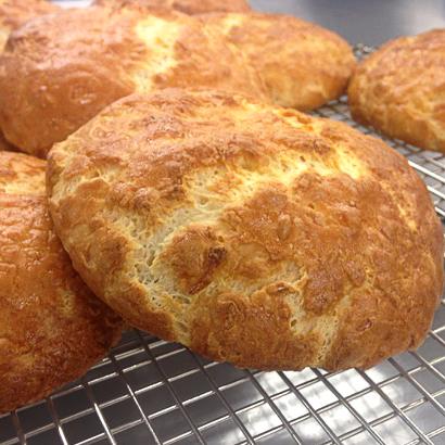 cheddar muffins.jpg