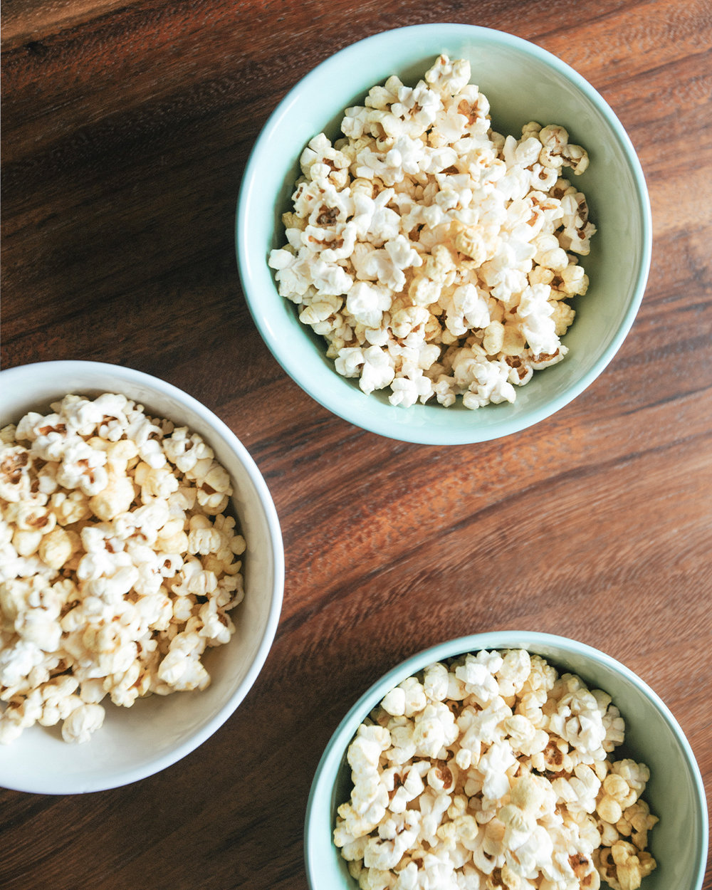 The-Oily-Home-Companion-Recipe-Vegan-Cheddar-Popcorn-Nutrional-Yeast-Rosemary-Snack-Essential-Oil-Vitality3.jpg