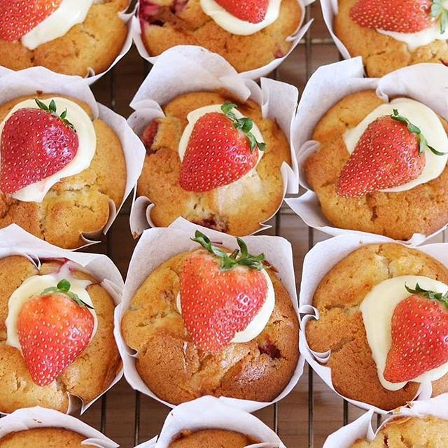 O MY! Strawberry and lychee muffins by @alicenivenscakerystudio for tomorrow's #bakesale at @festival21_ 🍓🍓🍓 Doors open at 10.30am at @meatmarketmelb