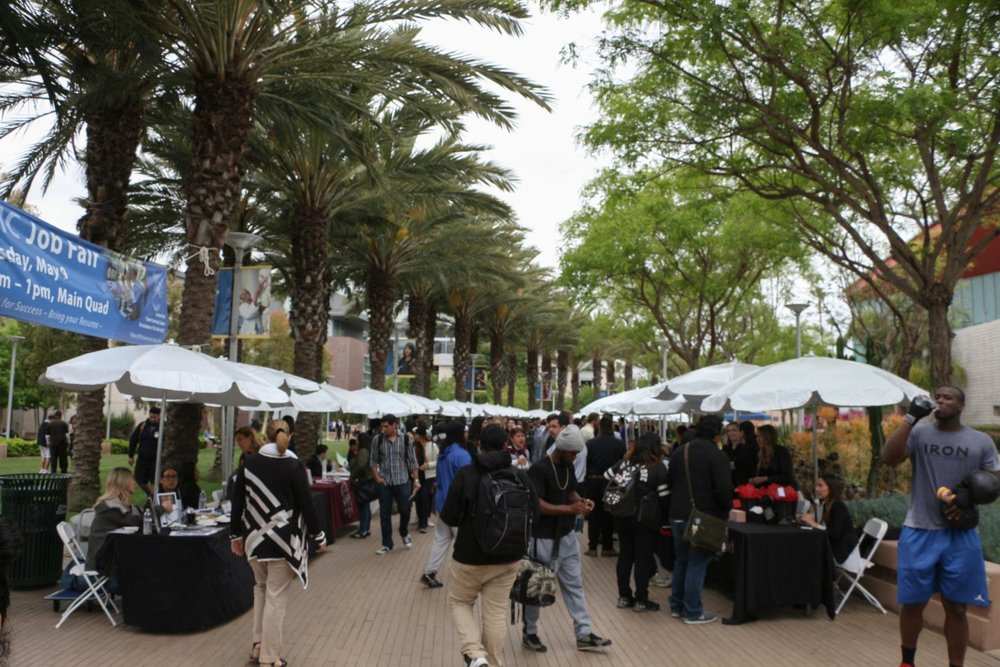 The SMC Job Fair on the main quad on May 9th, 2017. (José Aguila)