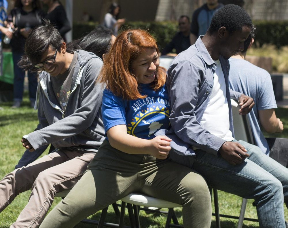 The Adelante club members and Santa Monica College students participated in musicial chiar during the Latino Festival hosted by the Adelante Club on Thursday, May 11, 2017 at Santa Monica College main quad in Santa Monica, Calif. (Ethan Chuang)