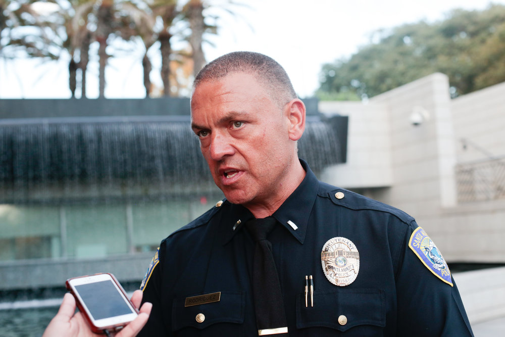 Saul Rodriguez, Santa Monica Police Department's Public Information Officer, reports there were no injuries involved in the bomb threat that was anonymously called in around 12:30PM in Santa Monica, Calif., September 11, 2017. (Photo By: Ripsime Avetisyan/ Corsair Staff)