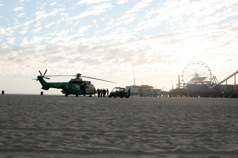 Los Angeles Police Department helicopter responding to bomb threat anonymously called in around 12:30PM in front of Santa Monica Pier in Santa Monica, Calif., September 11, 2017. (Photo By: Ripsime Avetisyan/ Corsair Staff)