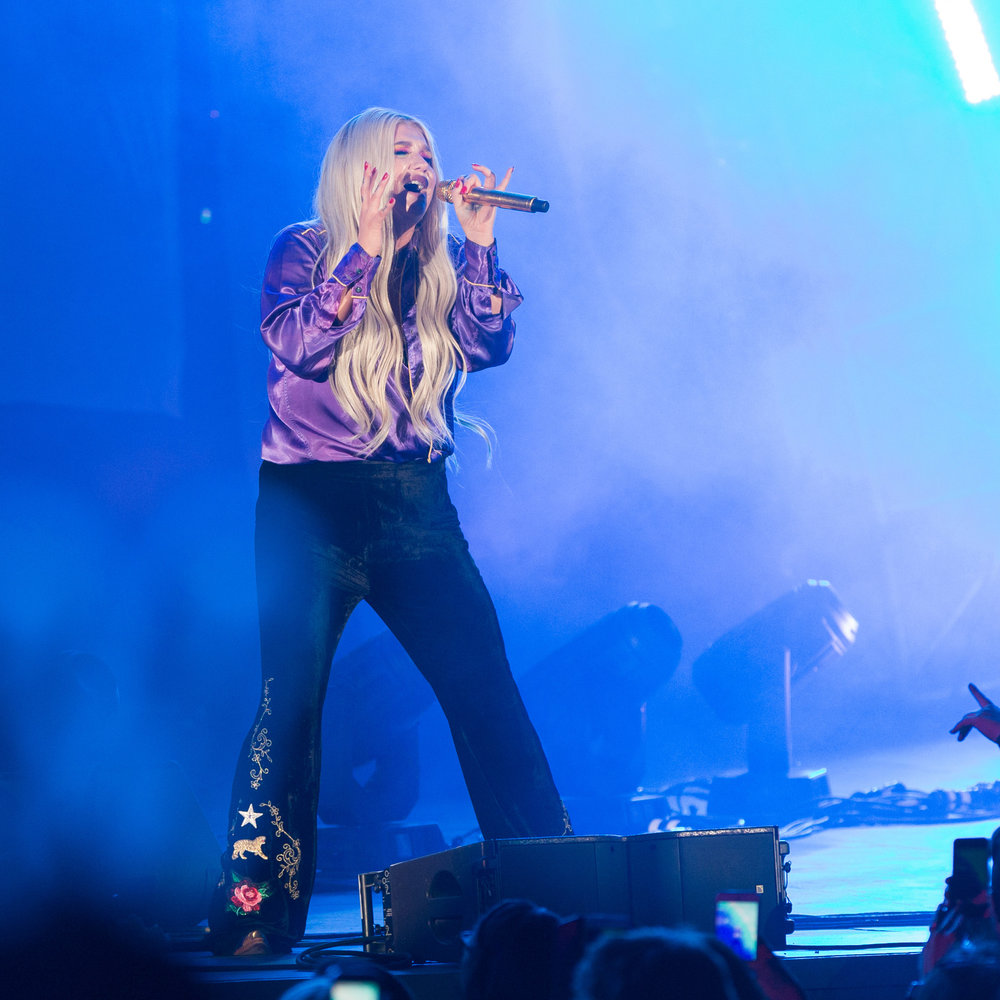"Pop singer Kesha (Kesha Rose Sebert) performs one of her most popular song ""Pray"" at the Hollywood Bowl for CBS Radio's We Can Survive concert to raise money for breast cancer in Los Angeles, Calif on Saturday, October 21st 2017. (Photo by: Thane Fernandes)"