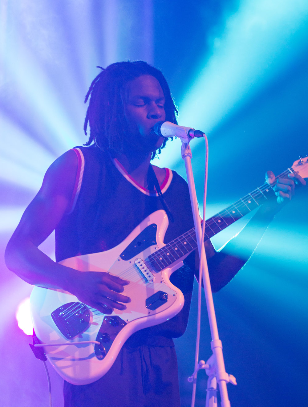 "Canadian R&B artists Daniel Caesar (Ashton Simmonds) performs ""Blessed"" off of his critically acclaimed debut album ""Freudian"" as part of his ""Freudian"" tour at the Fonda Theatre on Halloween on Tuesday, October 31st 2017 in Los Angeles, Calif. (Photo by: Thane Fernandes)"