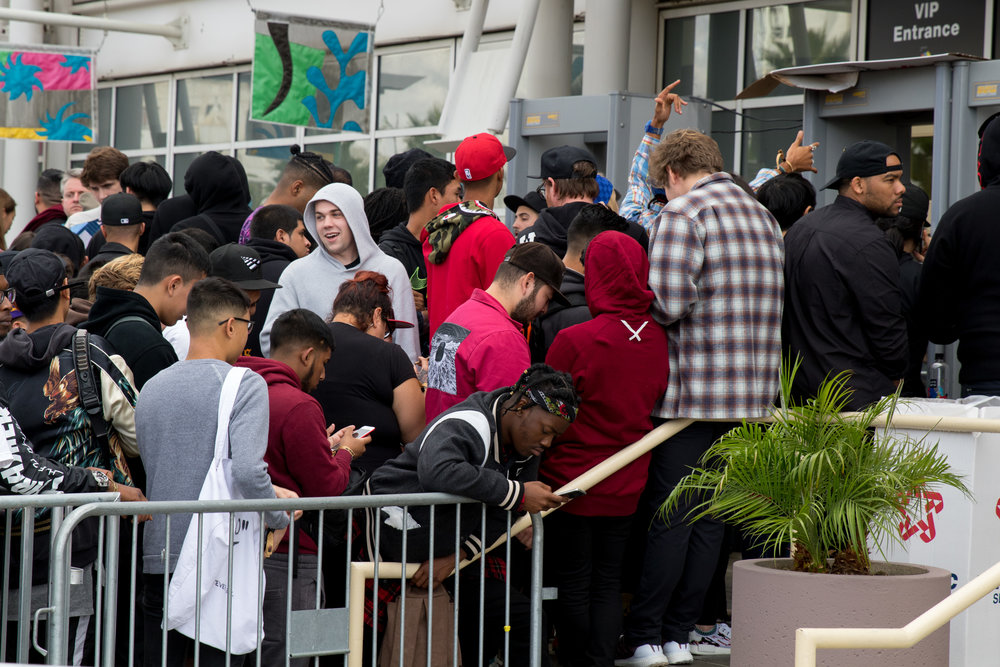 Attendees of Complex Magazines 2017 Complexcon patiently wait for the clock to strike 10 so they can enter the venue on the second day (November 5, 2017). Complexcon was a 2 day event with numerous live musical performances, booths of merchandise from different brands, and discussion panels. Complexcon was hosted at the Long Beach Convention Center in Long Beach, Calif. (Photo By: Zane Meyer-Thornton)
