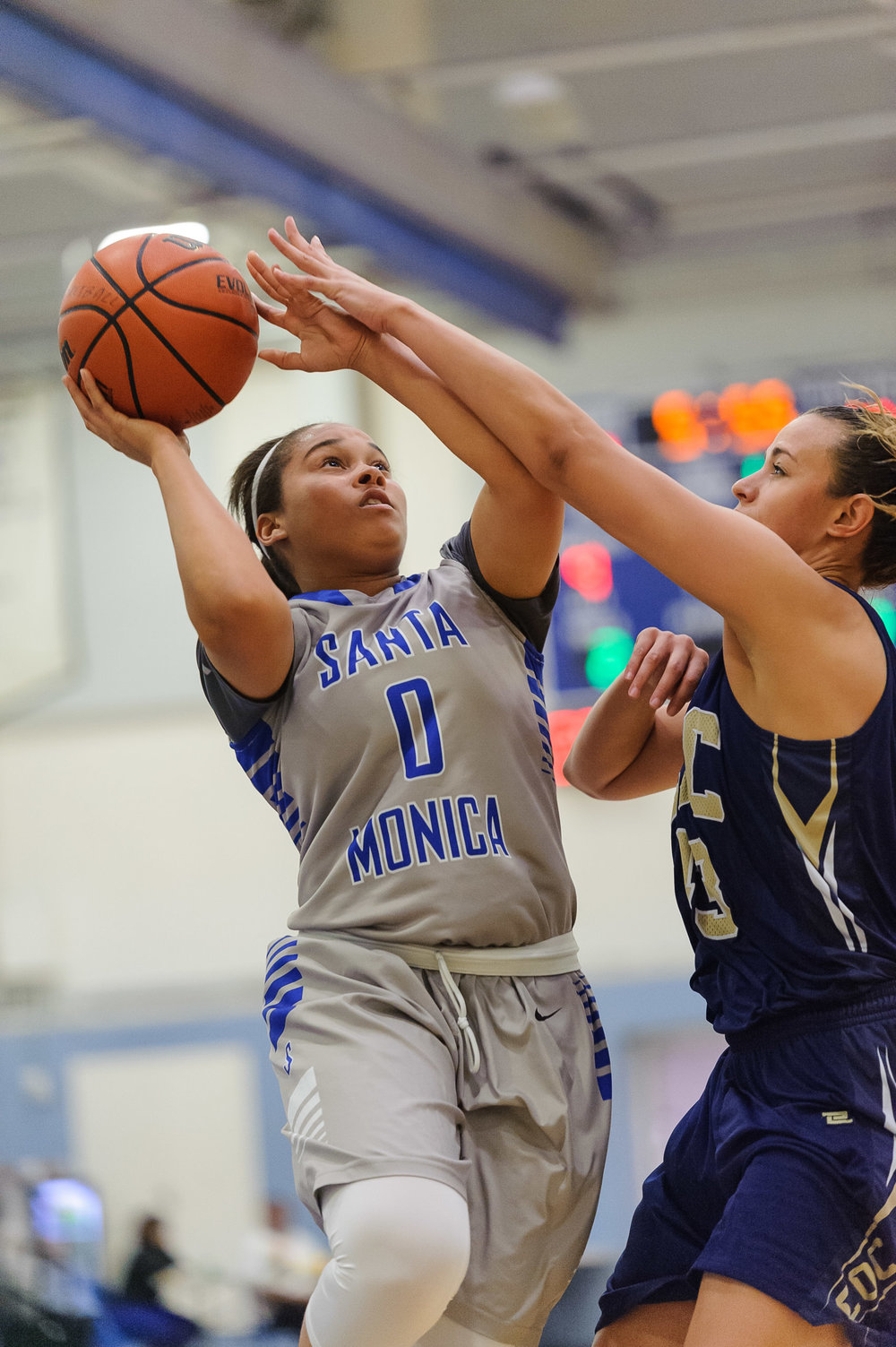 Rejinae Crandell (0,Left) of Santa Monica College goes up for a shot while contested by Kalana Inemer (43,Right) of the Canyons. The Santa Monica College Corsairs lose the game 108-70 to the College of the Canyons Cougars. The game was held at the SMC Pavilion at the Santa Monica College Main Campus in Santa Monica, Calif.. February 10, 2018. (Photo by: Justin Han/Corsair Staff)