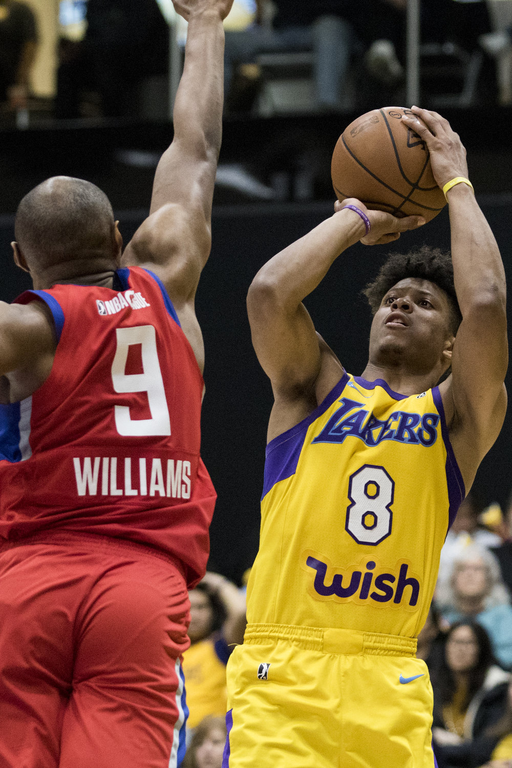 South Bay Lakers guard Scott Machado (8, right) attempts a jump shot while Agua Caliente Clippers forward C.J. Williams attempts to block the shot during their Gatorade League game on March 16, 2017 at the UCLA Health Stadium in El Segundo,California. The Lakers won 108-104. (Zane Meyer-Thornton/Corsair Photo)