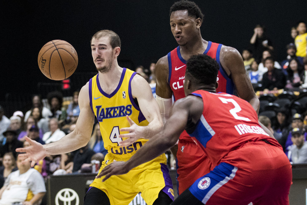 South Bay Lakers guard Alex Caruso (4, left) attempts to regain possession of the ball after Agua Caliente Clippers guard Ike Iroegbu (2, right) forces a steal during their Gatorade League game on March 16, 2017 at the UCLA Health Stadium in El Segundo,California. The Lakers won 108-104. (Zane Meyer-Thornton/Corsair Photo)