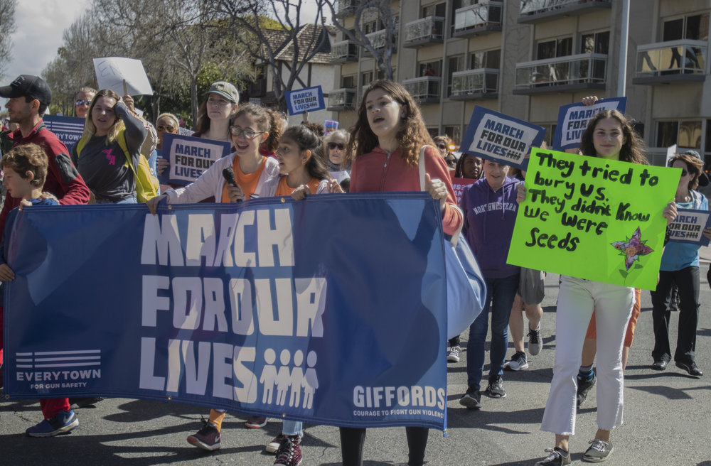 Middle School Students walking down Montana Avenue to Palisades Park for the March For Our Lives, in Santa Monica, California. On Saturday, March 24th, 2018. (Brian Quiroz/Corsair Staff)