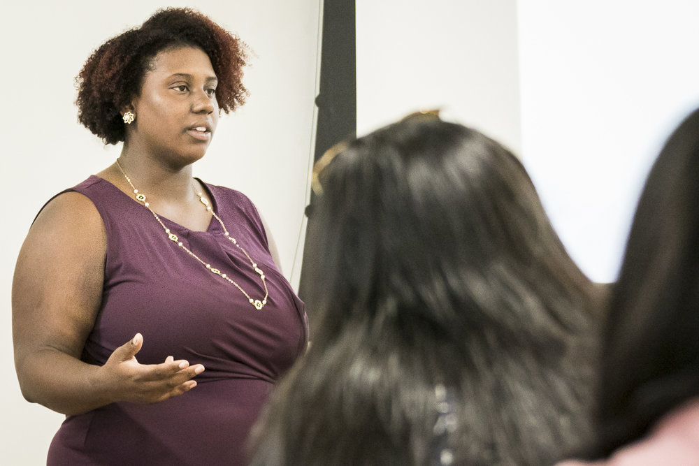 Santa Monica College career counselor Destiny Johnson speaks to Santa Monica College students at a workshop regarding using social media in the job search held at Humanities and Social Sciences building, room HSS 154 on Thursday, May 31, 2018. (Santa Monica, California, Thursday, May 31, 2018.) (Ashutosh Bikram Singh/Corsair Photo)