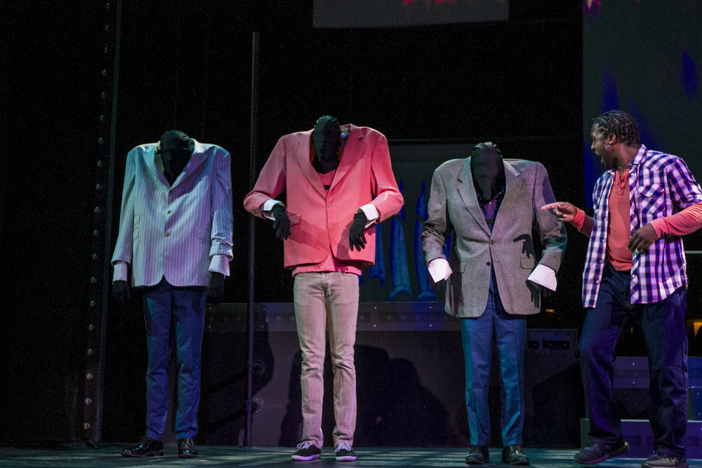 Deonte Allen (right) points out three moving suits. By Yasser Marte. Smokey Joe's Cafe Musical. Santa Monica College (SMC) Theater Arts Main Stage. Oct. 2, 2018 ( Yasser Marte / Corsair Staff)
