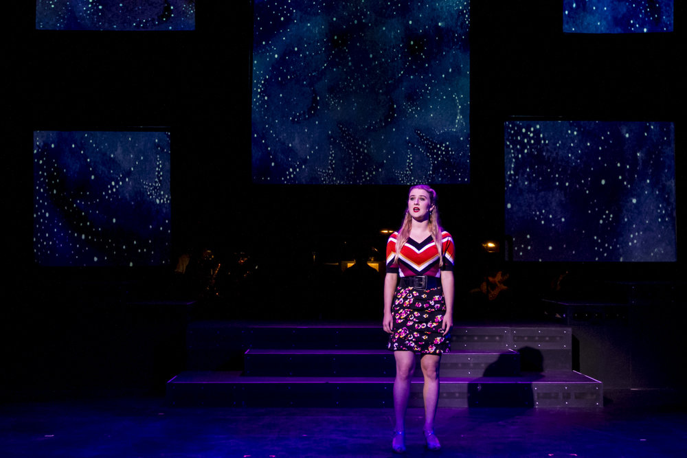 Rachael Moore singing at the Main Stage in SMC. Smokey Joe's Cafe Musical. Santa Monica College (SMC) Theater Arts Main Stage. Oct. 2, 2018 (Yasser Marte/Corsair Staff)