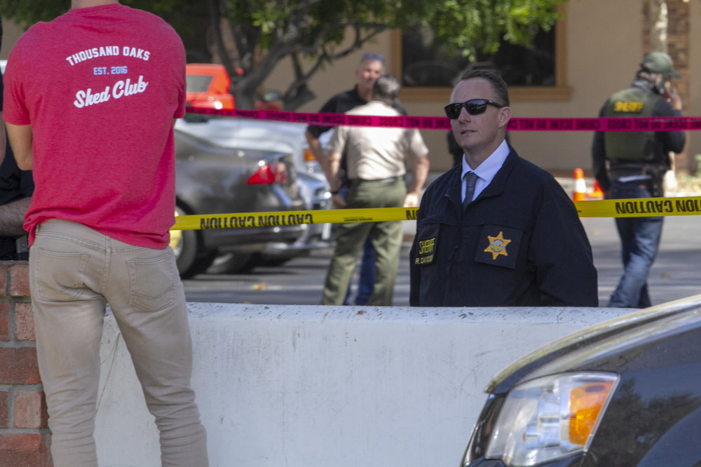 Ventura County Sheriffs maintain the crime scene after a mass shooting spree took place on Wednesday, Nov. 7, 2018 in Thousand Oaks, CA at the Borderline Bar & Grill. (Andrew Navarro/ Corsair Staff)