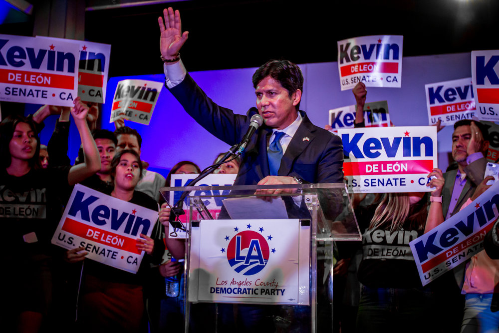 California running Senator candidate Kevin de Leon ends a heart warming speech giving hope and compassion to his supporters in downtown Los Angeles. October 6, 2018. (Yasser Marte/Corsair Staff)