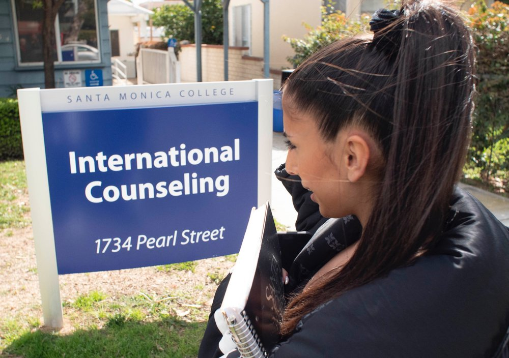 Acla Unal a business administration major from Norway looking in at The International Education Counseling Center of Santa Monica College on February 21st, 2019, in Santa Monica, California. Victor Noerdlinger/ The Corsair
