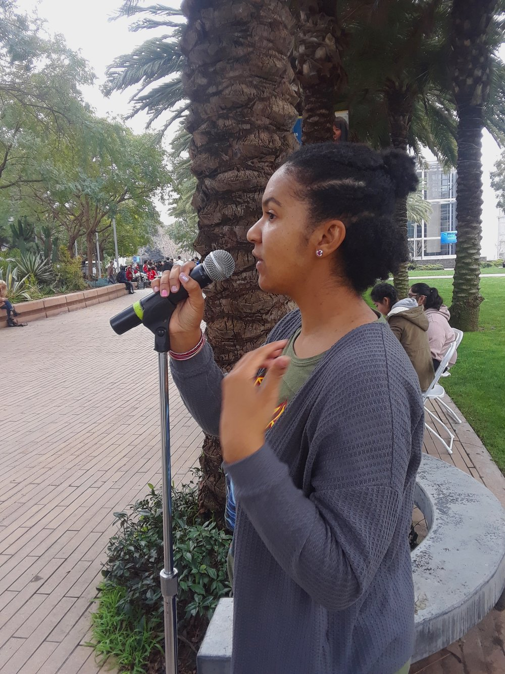 Santa Monica College student Jabria Allen speaks about domestic violence on Tuesday, March 5 in Santa Monica, California. Martha Ramirez/The Corsair
