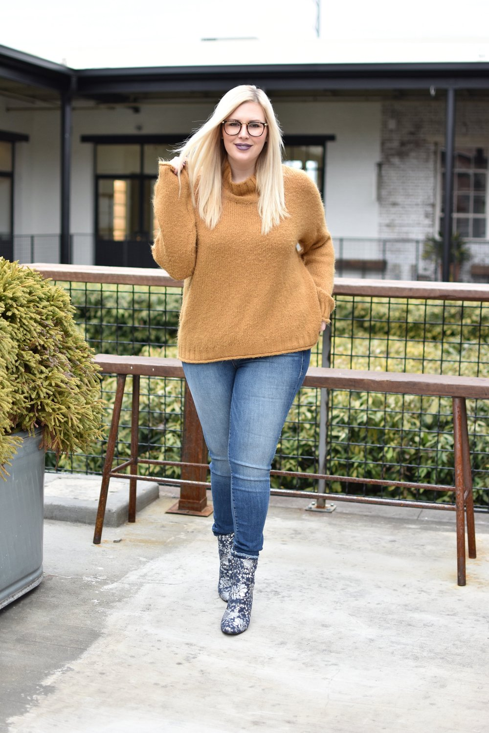 cozy sweater 485.jpg