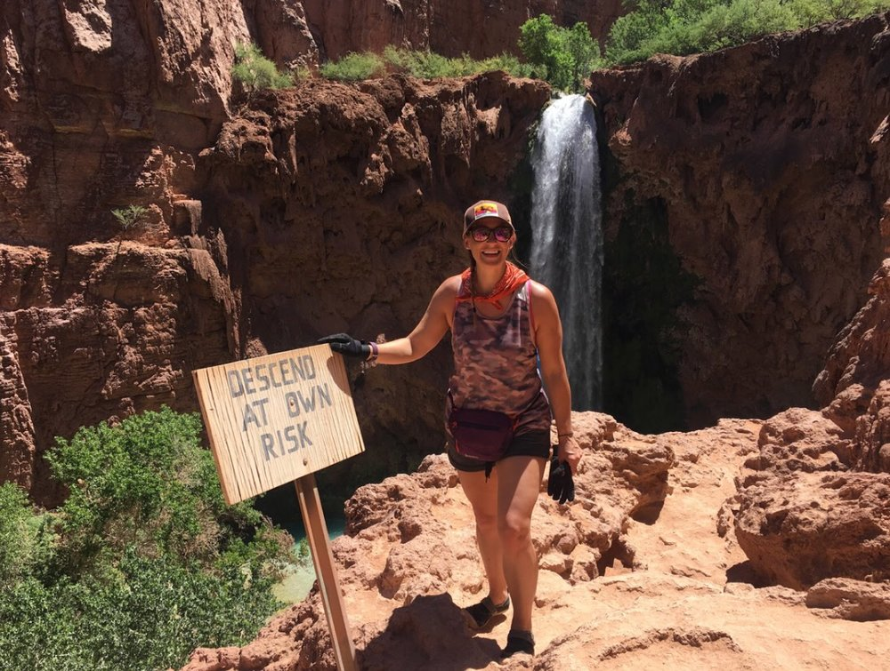 Just before the descent to Mooney Falls.