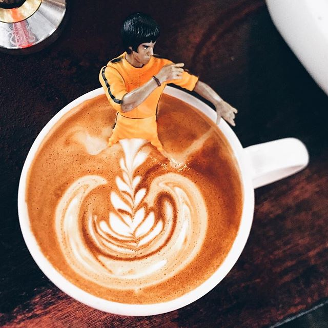 Kick some ass today with our signature #brucelee coffee here at  @coffeecolab made with @suitsandknivescoffee #coffeetime #coffee #3rdwave #dtla