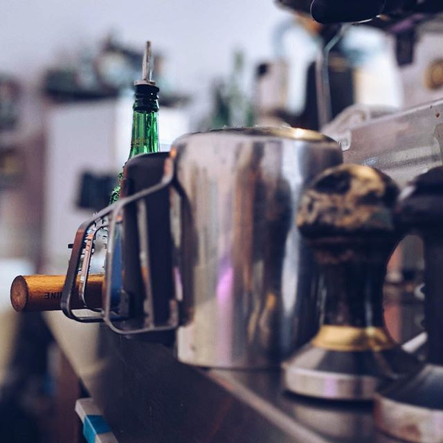 Tools of precision 🖤☕️🥛 #dtla #downtownlosangeles #supportlocal #bestespresso #losangeles #coffeeroasters