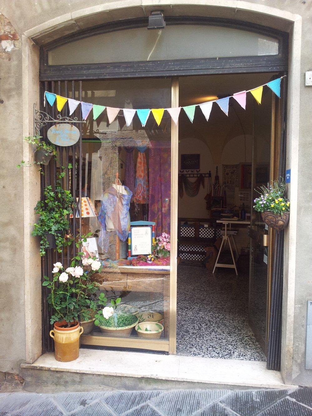 Italy_Studio_Outside_Susy_Kirk.jpg